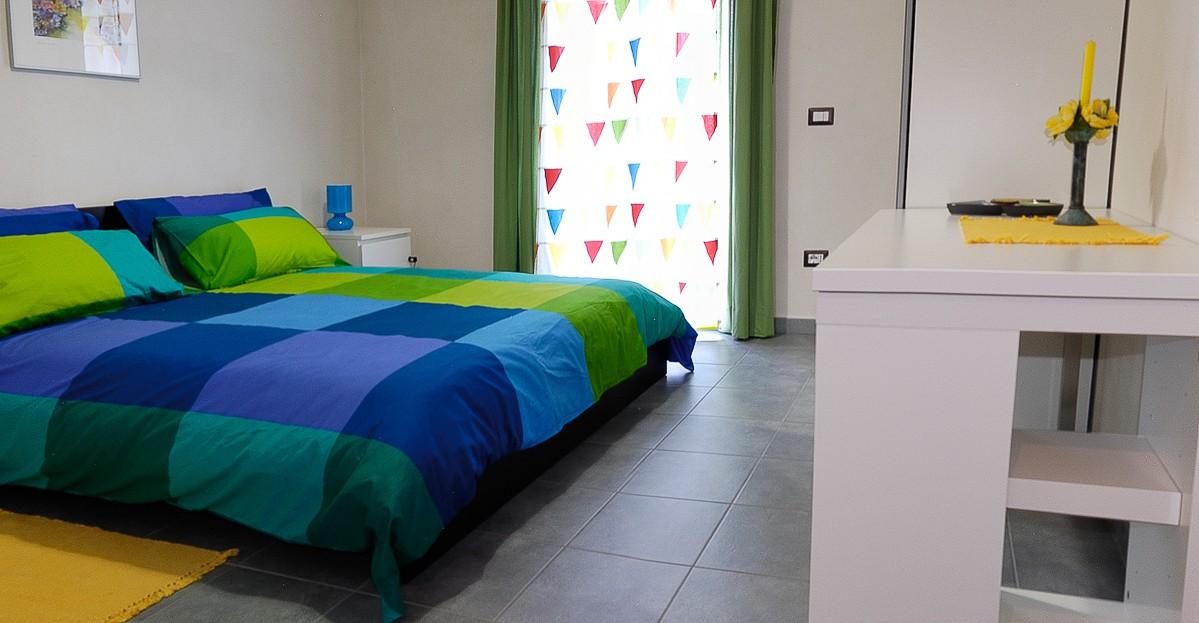 camera letto trilocale fontane bianche